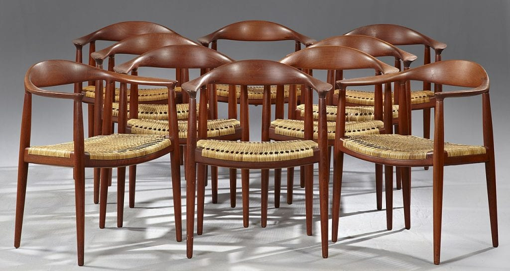 Wegner round chairs, examples of the handcrafted look