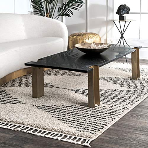 Sophie Striped Diamond Tassel Shag Rug